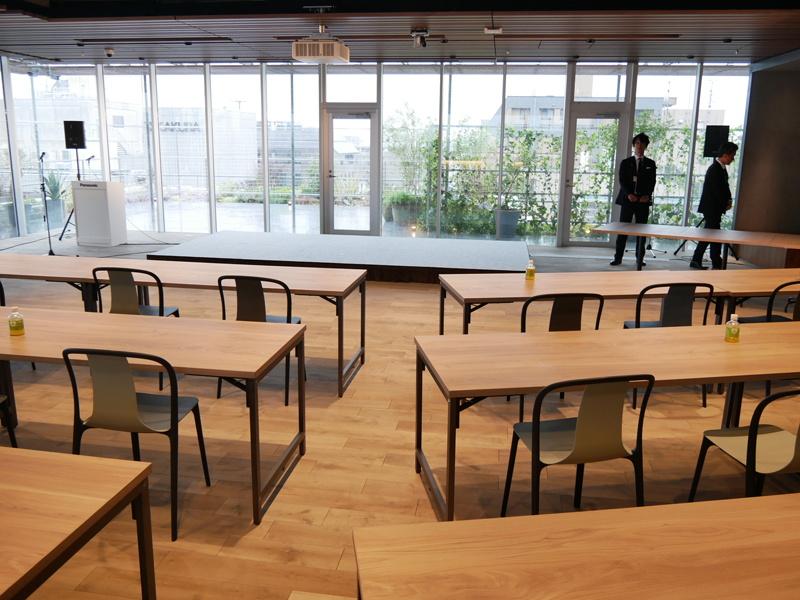 9階はオープンスペースとして、セミナーやワークショップを開催できる