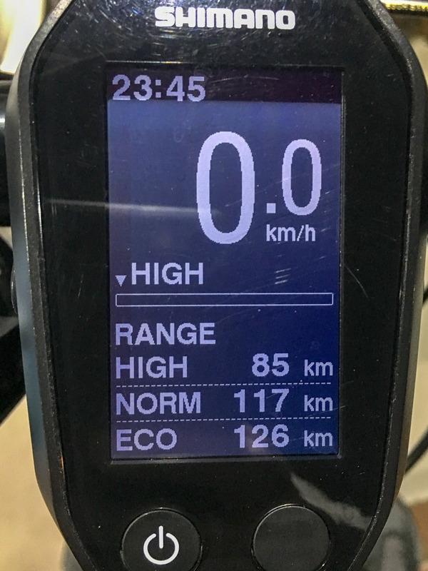 このペースで行くとHIGHモードのままであと85km、ノーマルモードで117km、ECOモードなら126kmも走れる予定