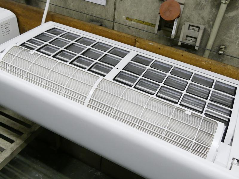空気清浄機能用のフィルタの出し入れも連続してストレステスト