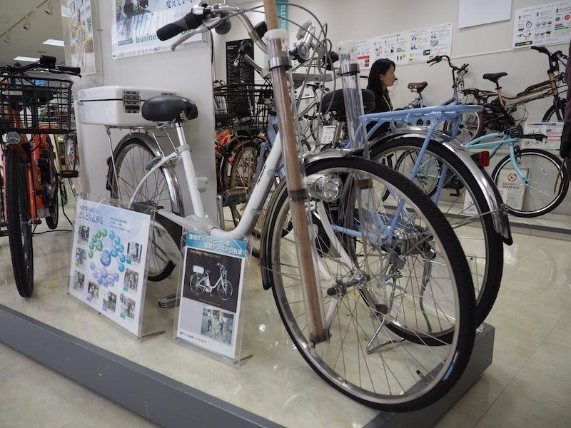 警視庁・パトロール用の電動アシスト自転車