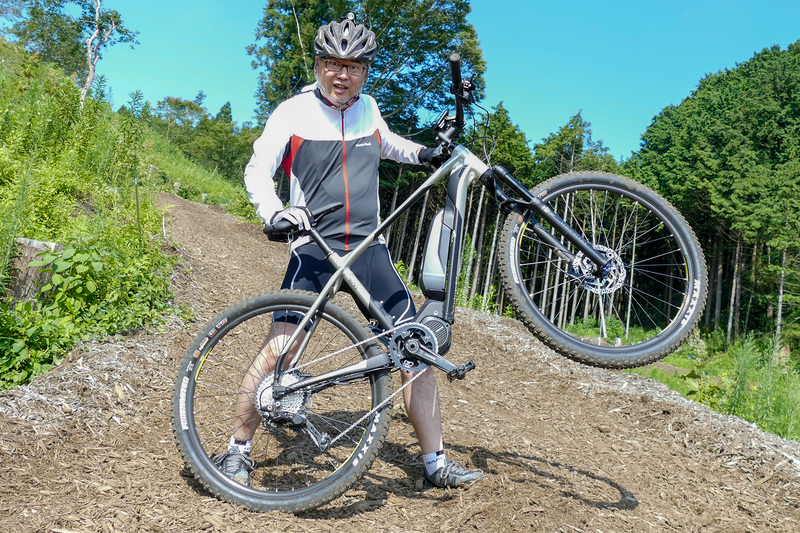 19.2kgとe-bikeの中では軽さが際立つeBIG.SEVEN