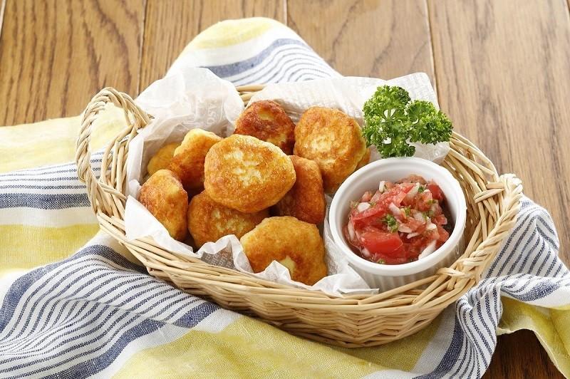離乳食のほか、マッシュポテトや蒸し野菜、ディップソースなど大人向けの調理にも使える
