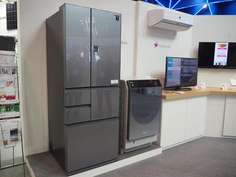 冷蔵庫や洗濯機、キッチン家電、空気清浄機、スマートフォン、テレビなど、様々な家電製品が既にAIoT化している