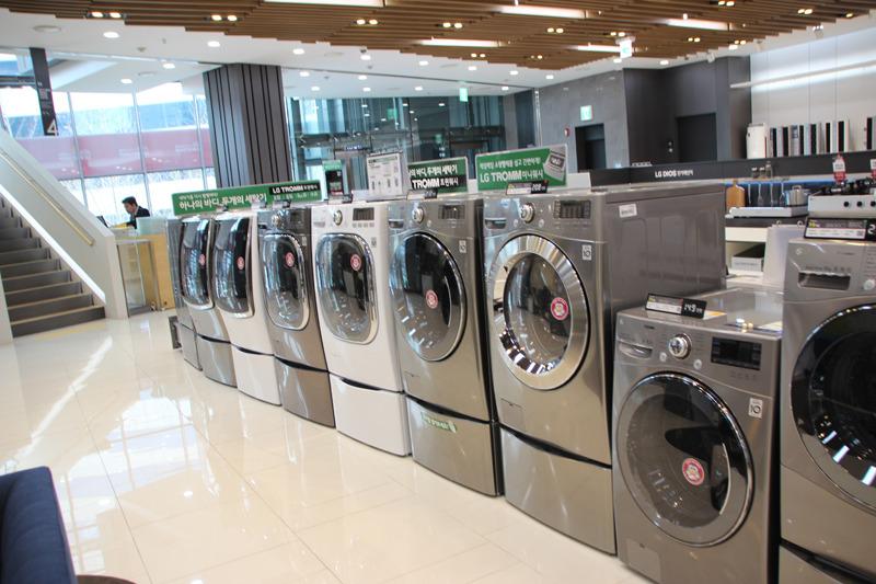 韓国で売られている同社洗濯機。容量20kgモデルは一般的だという
