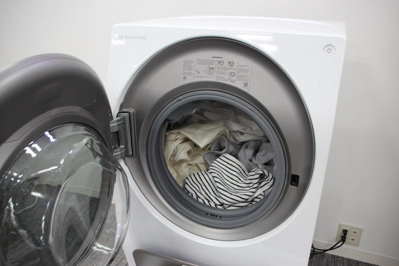 分け洗いには例えば、白い衣類と色物衣類という使い方ができる
