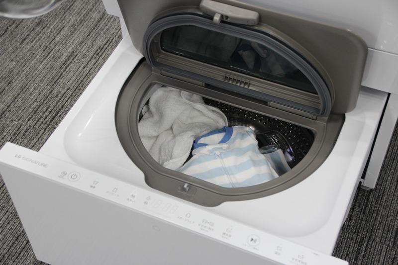 赤ちゃんの衣類を分け洗いする例