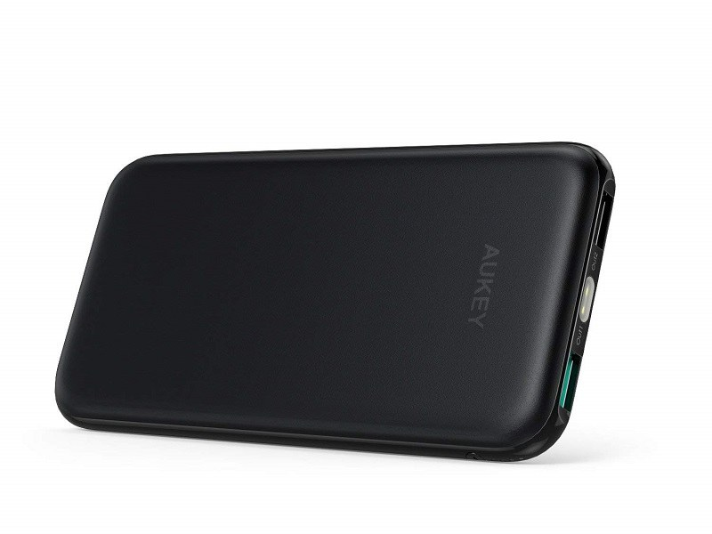 LEDライト付き「モバイルバッテリー PB-N51」