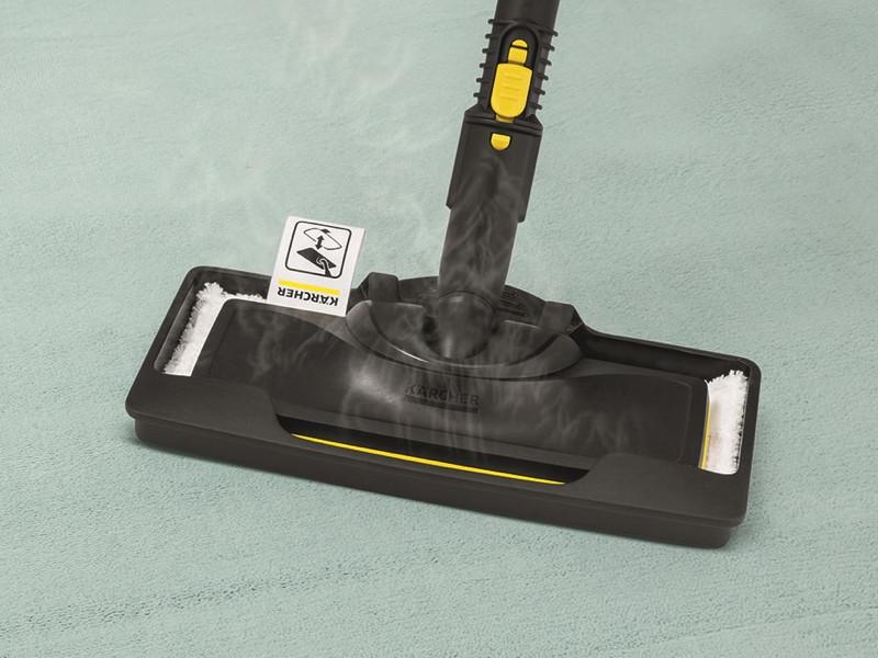 イージーフィックス用「カーペットグライダー」。スライドするだけでラクに取り付けられ、使いたい時に即座に準備できる