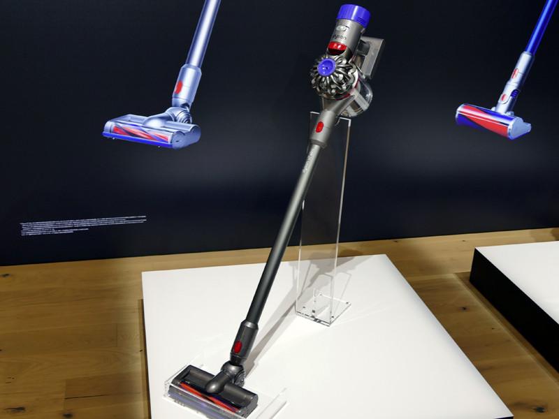 スリムタイプのスティック型掃除機「Dyson V7 Slim コードレスクリーナー」