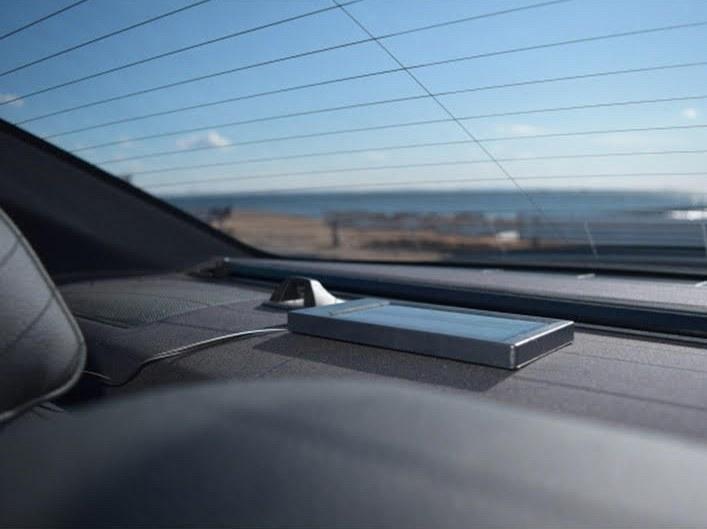 独立型のソーラーパネルを採用