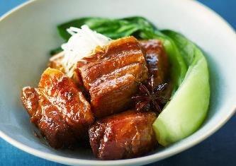 煮込み調理もほったらかしで簡単にできるという。豚の角煮の調理例