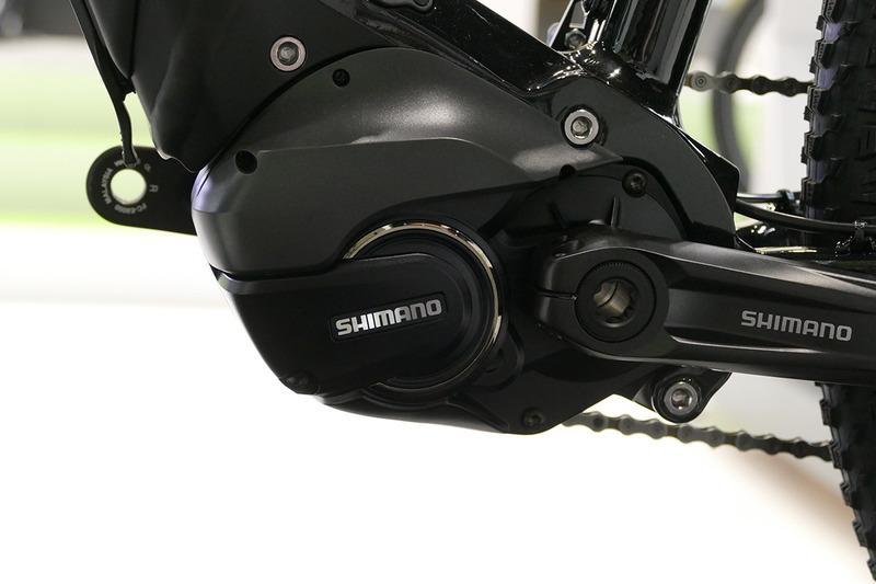 ドライブユニットにはシマノSTEPS「E8080シリーズ」を搭載