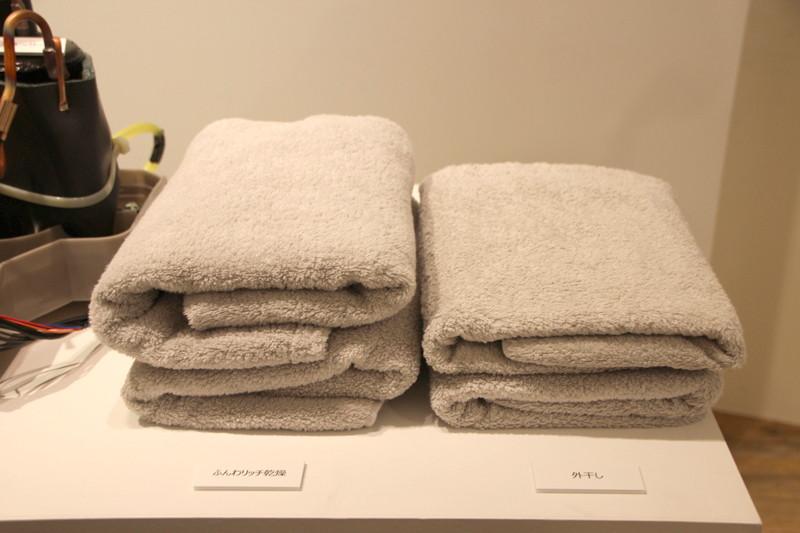 衣類が広がりやすい大きな洗濯槽で大量の風を当てられ、シワを伸ばし、ふんわり仕上げられるという