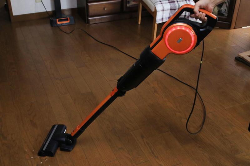コードレススティック掃除機の弱点を克服した、ある意味最終形態のスティック掃除機「キャニスティック」