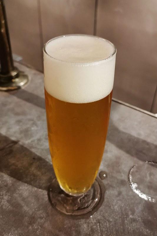独自のクラフトビールが何種類も楽しめます