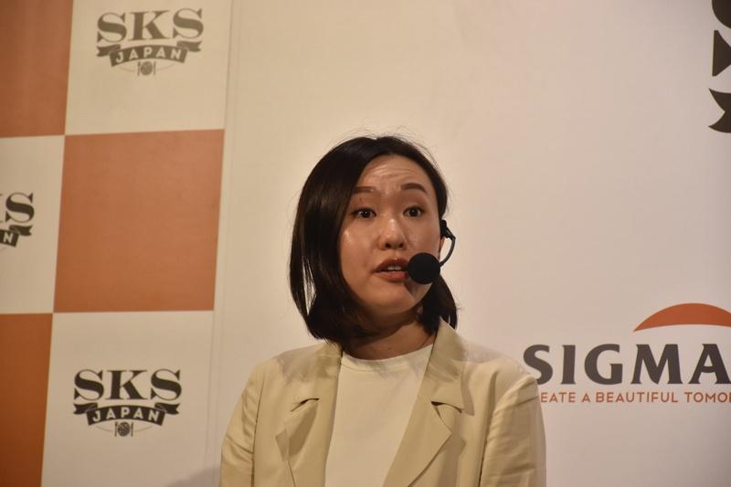 講演でLifyについて語るLify Co-founderでCEOのMazing Lee氏
