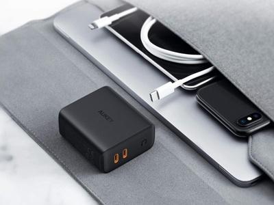 USB-C充電器「PB-N64」
