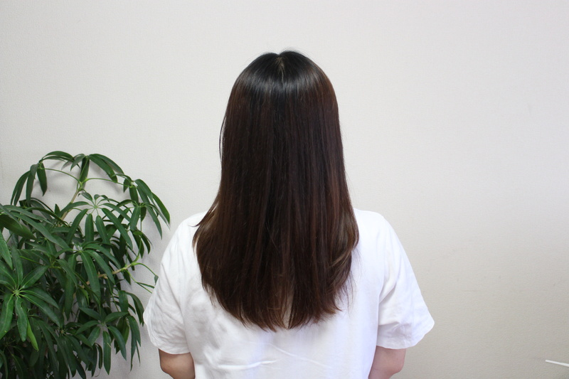 ナノケアの従来モデル「EH-NA9A」で乾かした後。同じ工程で髪を乾かしただけなのに、髪にまとまりとツヤが出ている