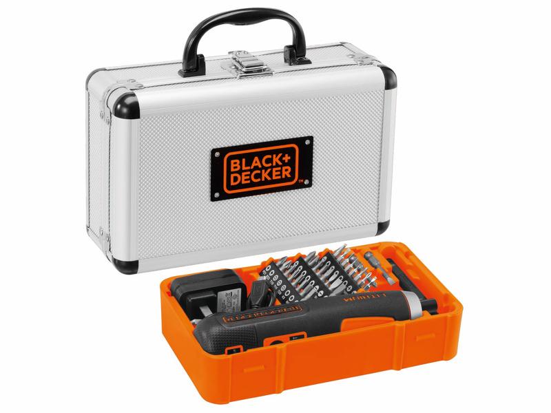 専用トレーを取り外せば、同機のほかにも工具類などを収納可能