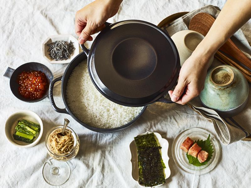 全ランチメニューで、バーミキュラの炊きたてご飯が、鍋ごと提供される