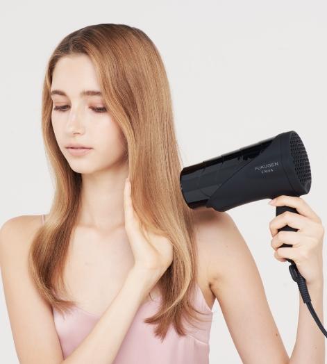 低温風のため髪を乾かしすぎることがない