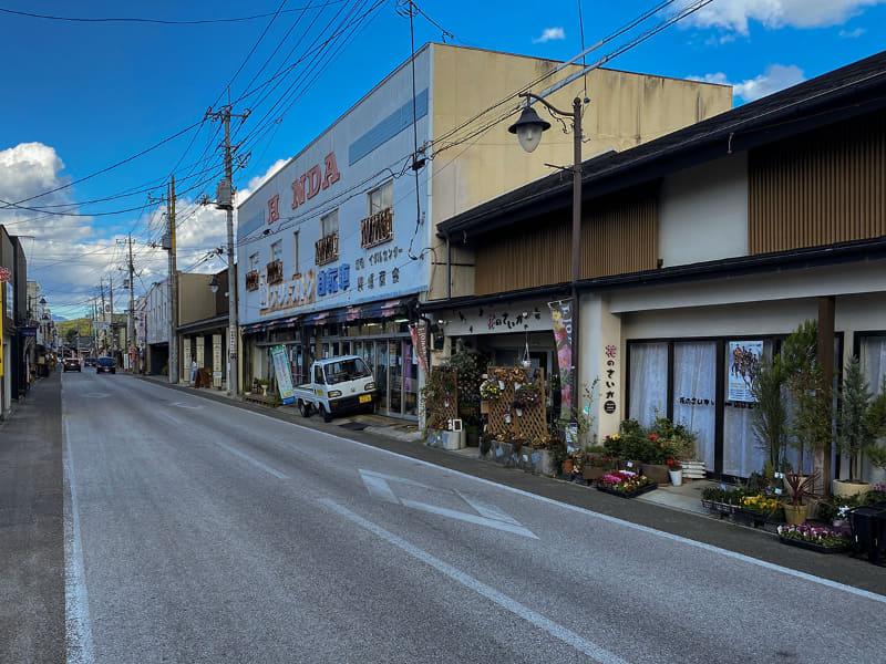 その後は富岡の町をe-bikeで散策