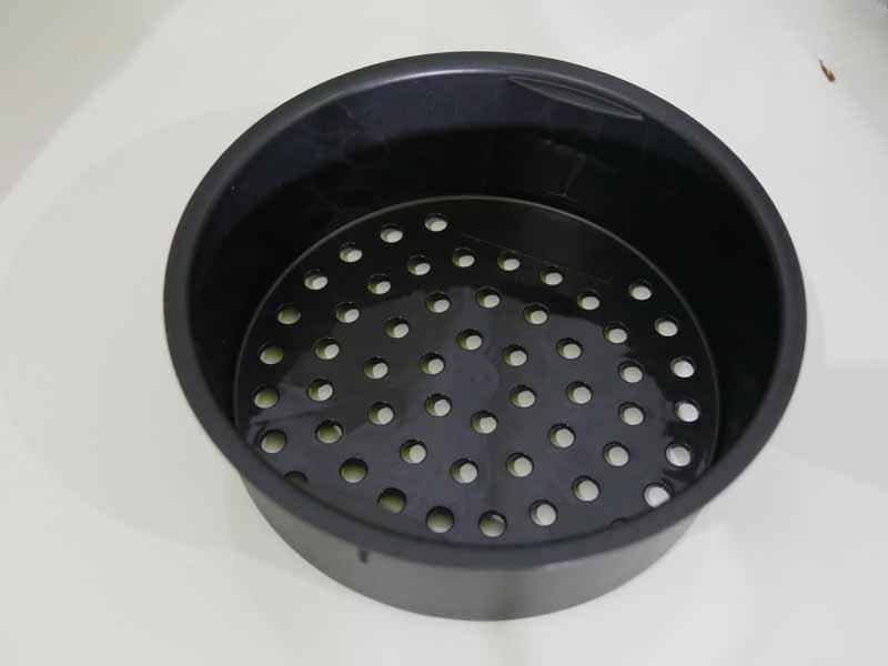 蒸しトレイも付属。2段調理が可能