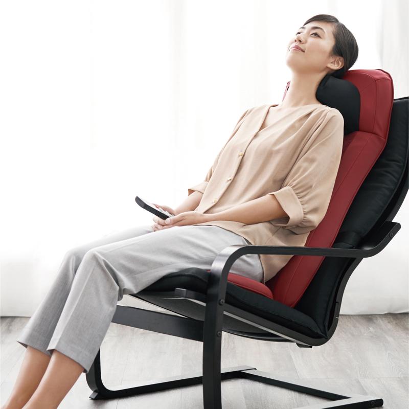 椅子やソファに置いて使用するだけでなく、寝姿勢でも使える