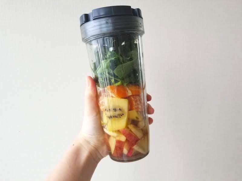 外出自粛中の栄養バランスを考えてパーソナルブレンダーを購入