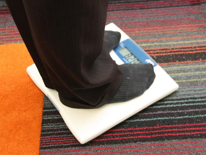 体重計は自動でデータを転送する