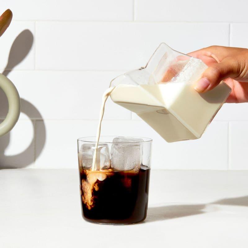 水やミルクを1:2または1:3の比率で割るのがおすすめ