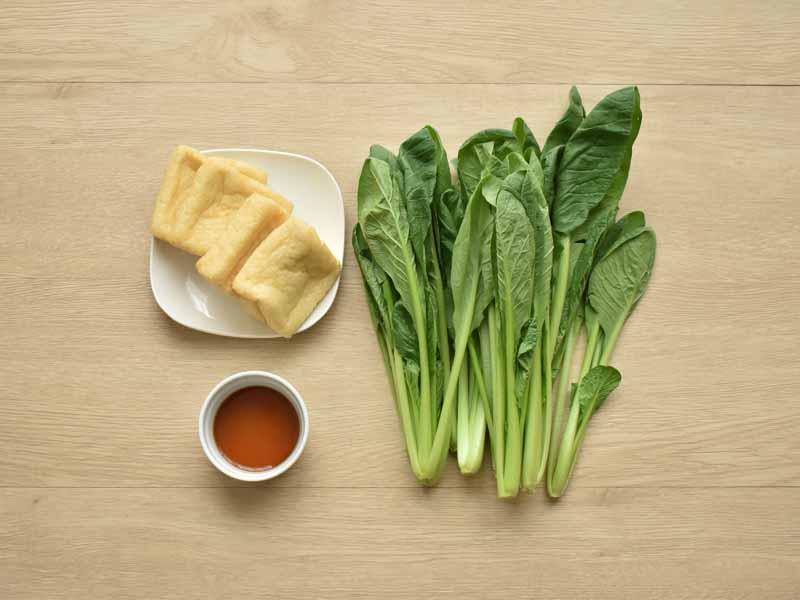 小松菜は炒めるとカサが減ってたくさん食べられます