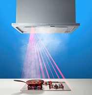 温度センサーで調理状況を確認し、風量を自動コントロールする