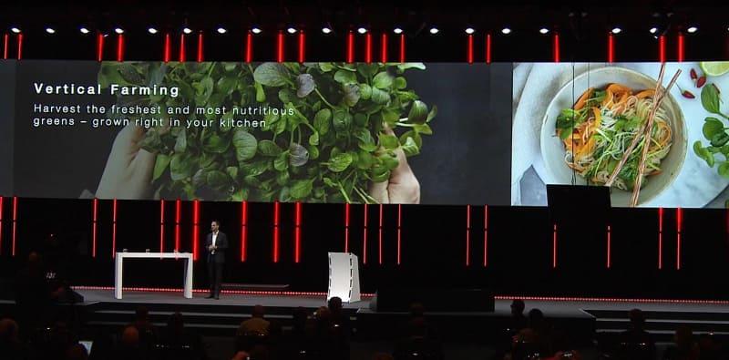 キッチンなどで野菜を育てられる「Plantcube」