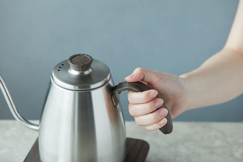 ハンドルは握りやすく細かな湯量の調節がしやすい