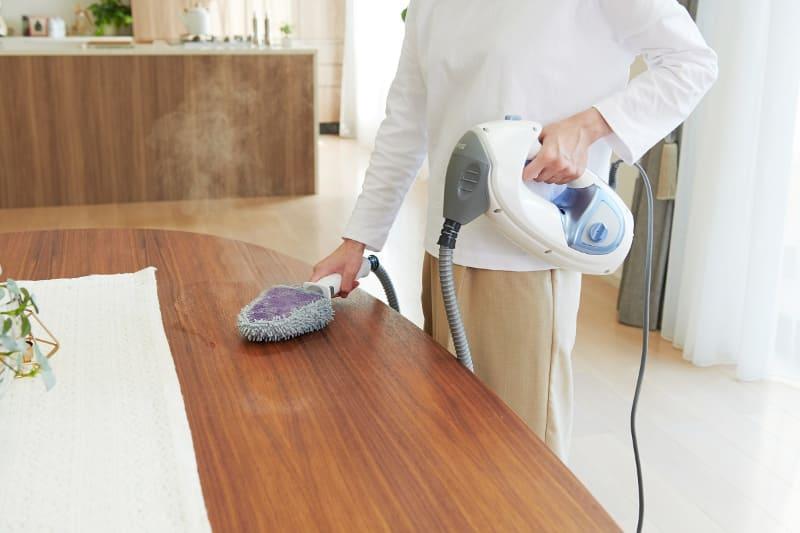 キッチンの油汚れや、日常的に触れるテーブルの掃除ができる