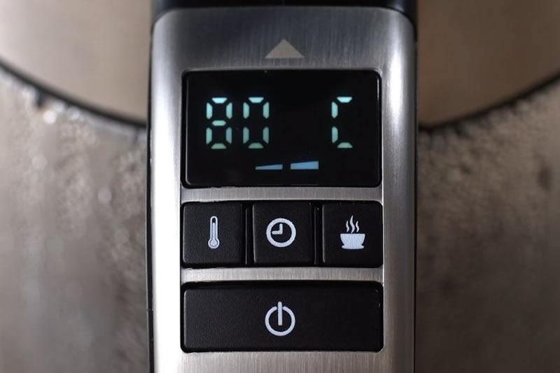 70/80/90℃から選択した温度で30分間保温できる