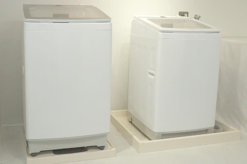 今年9月に発売された超音波部分洗浄機付き全自動洗濯機「Prette(プレッテ)」。業界初の容量14kg(左)に挑んだのも特徴