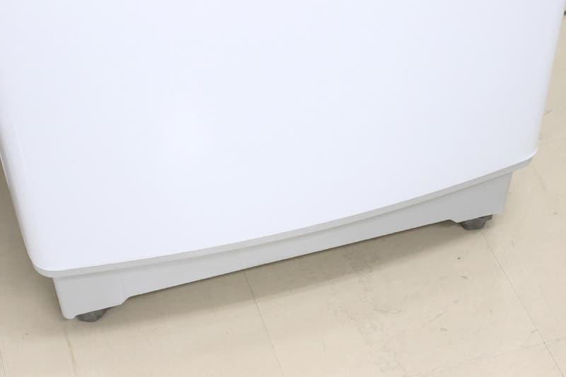 洗濯パンも共通化できるように、12kg・14kgモデルは足回りを少し削っている。写真上が10kg、下が14kgのモデル