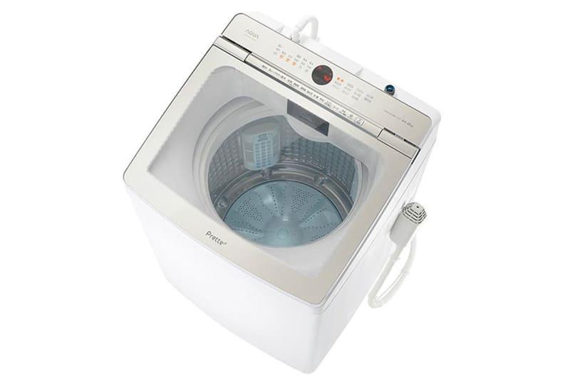 前面に操作パネルを配しているモデル(上)と異なり、Prette(下)は奥に操作パネルを配して洗濯物の取り出しやすさを重視