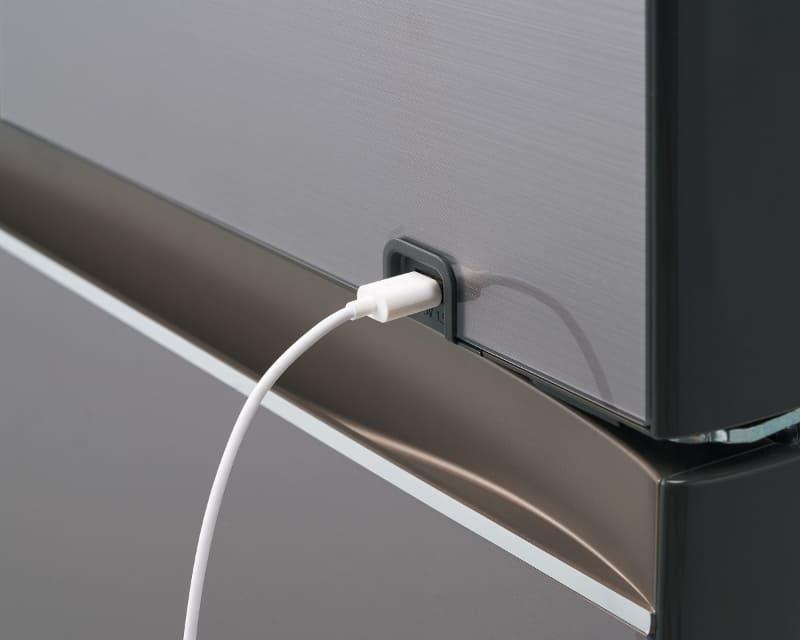 USBケーブルを挿しやすく改良