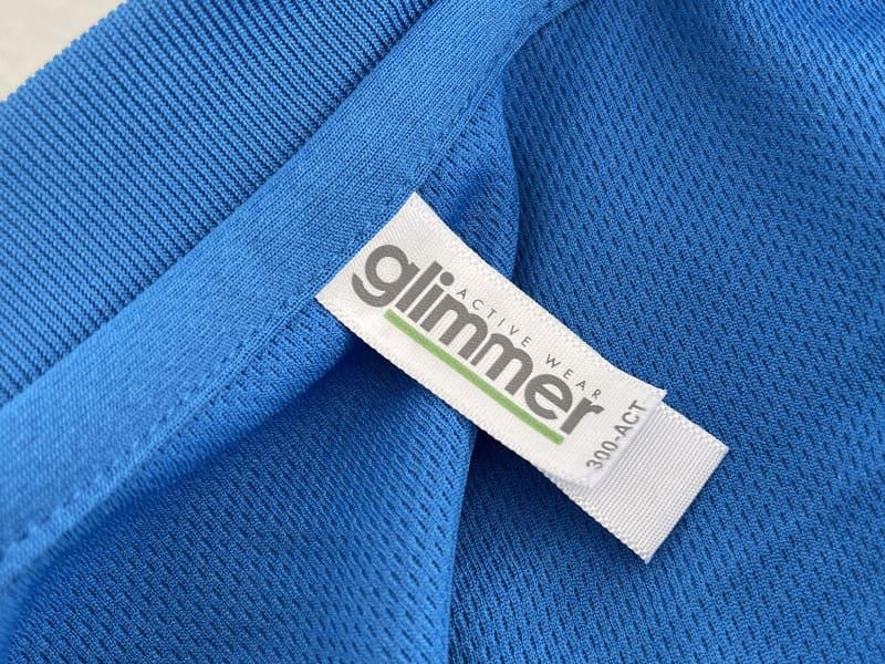 "Tシャツのブランドは<a href=""https://tomsj.com/brand/glimmer/"" class=""n"" target=""_blank"">「glimmer」</a>。けっこう良く見るブランドかも"