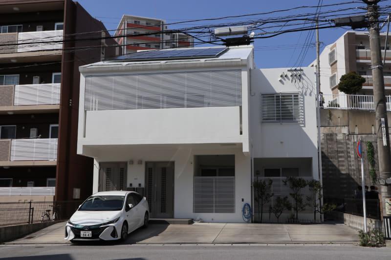 一軒の屋根で発電できる量は小さくても、賛同するたくさんの人々が集まると大きな電力になる