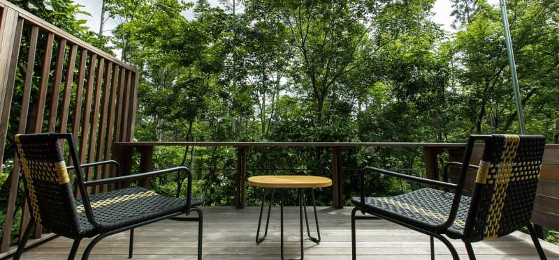森の四季を満喫できるテラスハウス