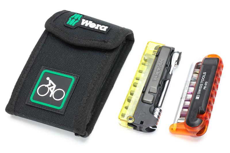 左がWeraのセット、中央と右はよくあるスポーツ自転車向けの携帯用工具セットです。中央や右のセットはコンパクトですし、Weraのセットと比べると重さも半分くらいです