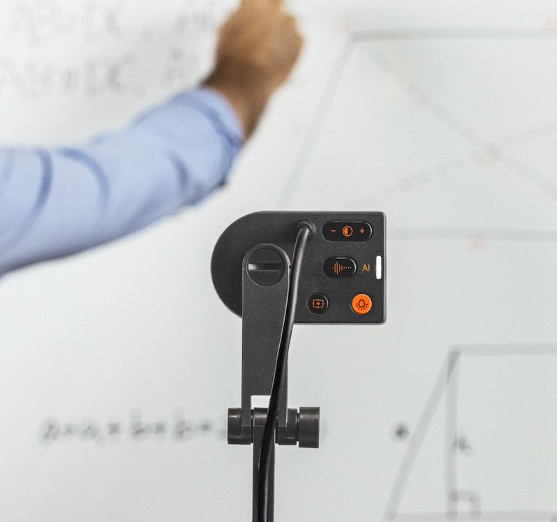 リモート会議や授業に、Webカメラとしても利用可能