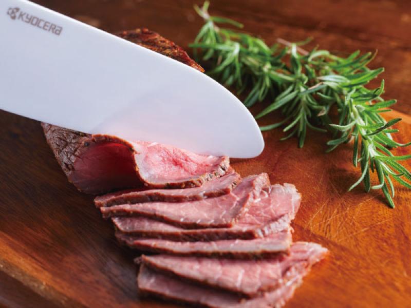 従来品と比べ、切れ味が2倍持続する新セラミック素材を採用
