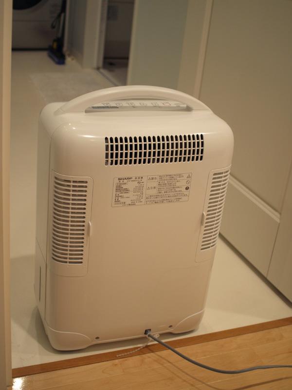 脱衣所や風呂場など、湿気の多い場所に持ち運び使うこともできる