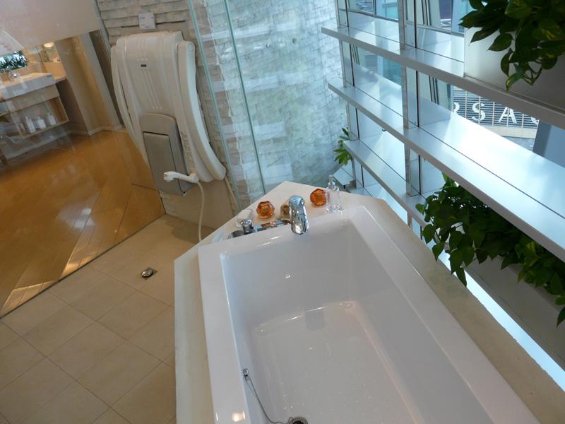 お風呂やゲンキ浴シャワーといったパナソニック電工の商品も展示