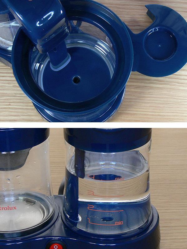 給水タンクのフタは取り外せる。透明なガラス製なので、水の量も一目ではっきりわかる